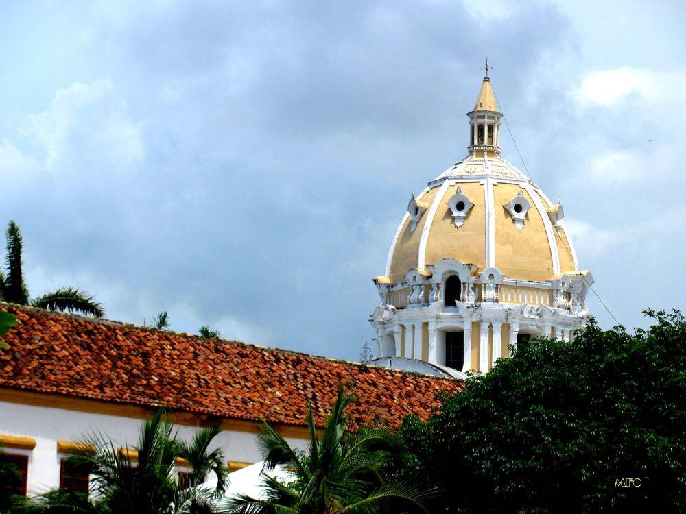 SAN PEDRO DESDE LA MARINA-CARTAGENA DE INDIAS by PALOMAGAR