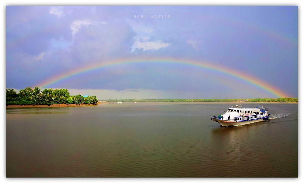 Rainbow by hashim