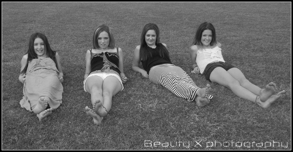 girls photo shoot 012 by biotch81