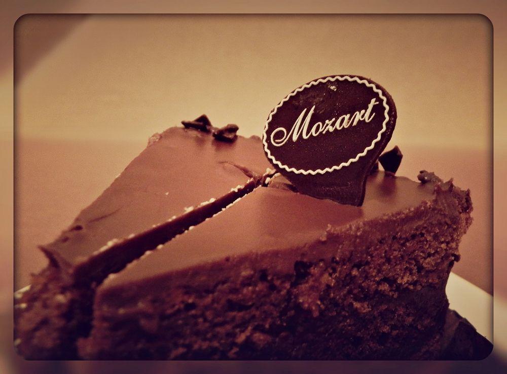 Mozart by Kubusik