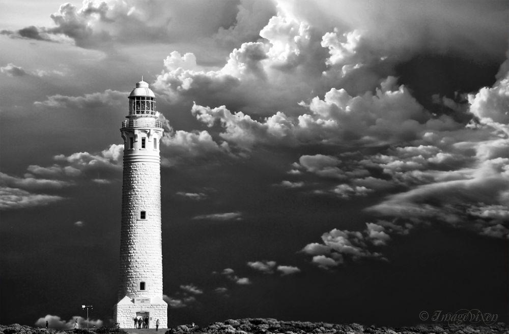 Lighthouse by Imagevixen