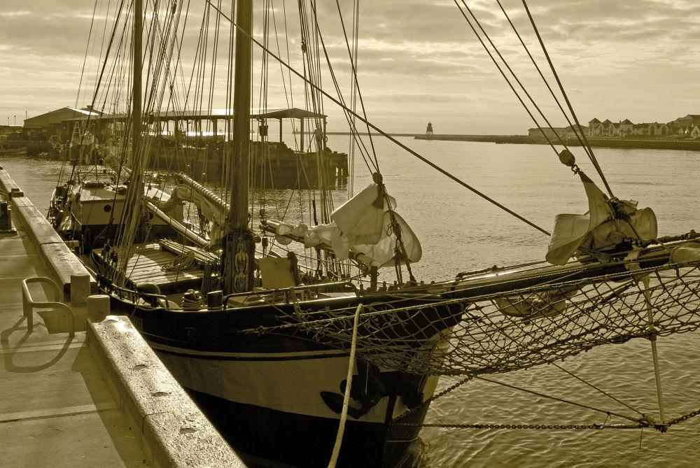 Sailing Ship  by BigDibbs