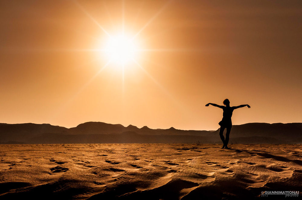 dancing on the sand by giannimattonai