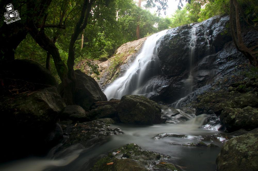 Paradayya Water Fall by Murah Kurniadi