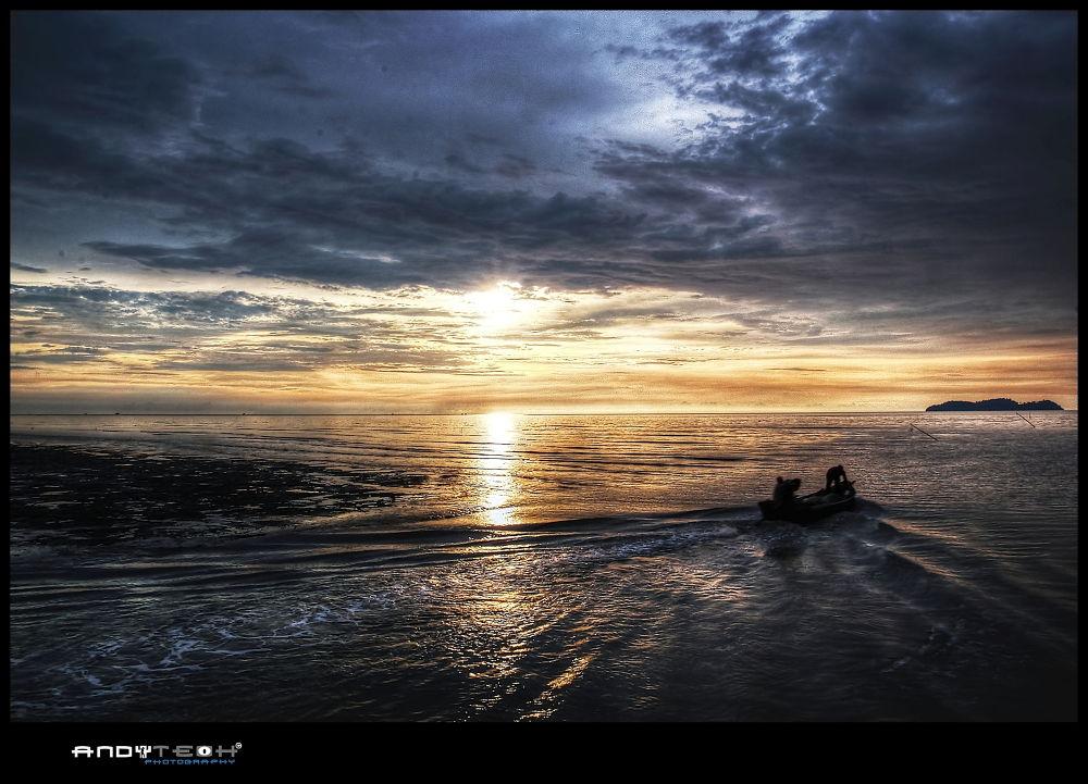 Sunset @ Kampung Singkir Laut, Kedah by andyteoh73