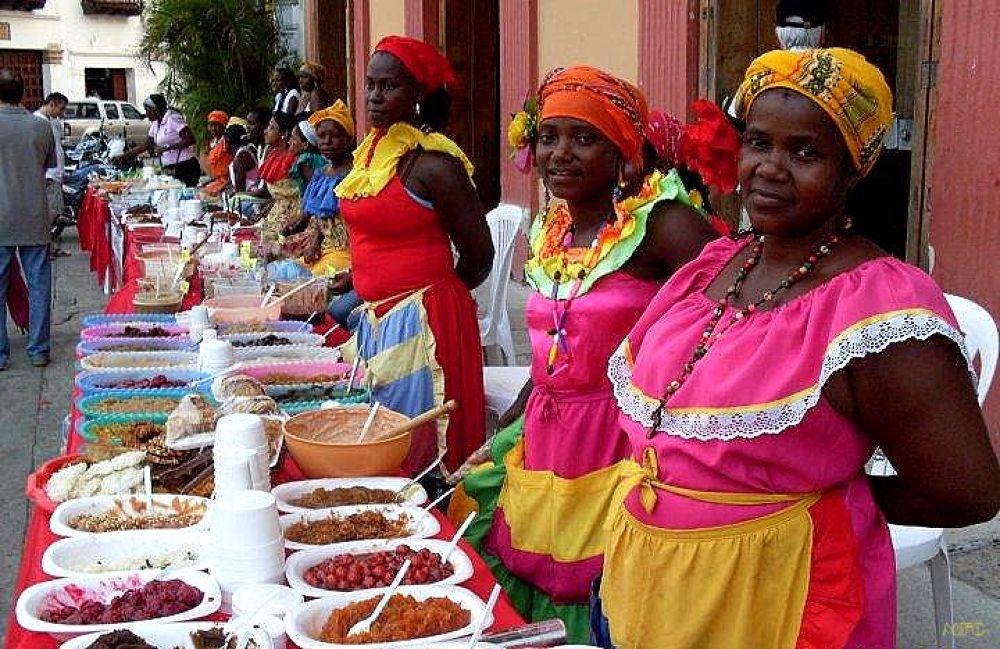 PALENQUERAS EN EL FESTIVAL DEL DULCE- CARTAGENA DE INDIAS by PALOMAGAR
