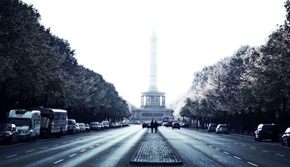 Street / City . Photography by Alireza Rezvani Berlin by alirezarezvani