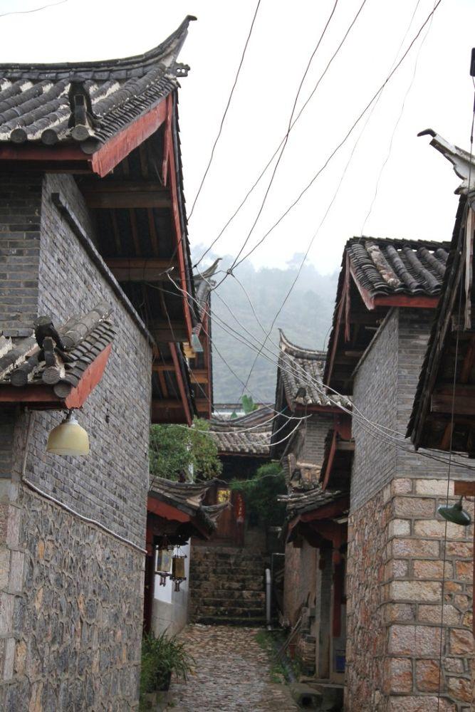 Yunnan-Shuhe-Old-Town-111 by Arie Boevé