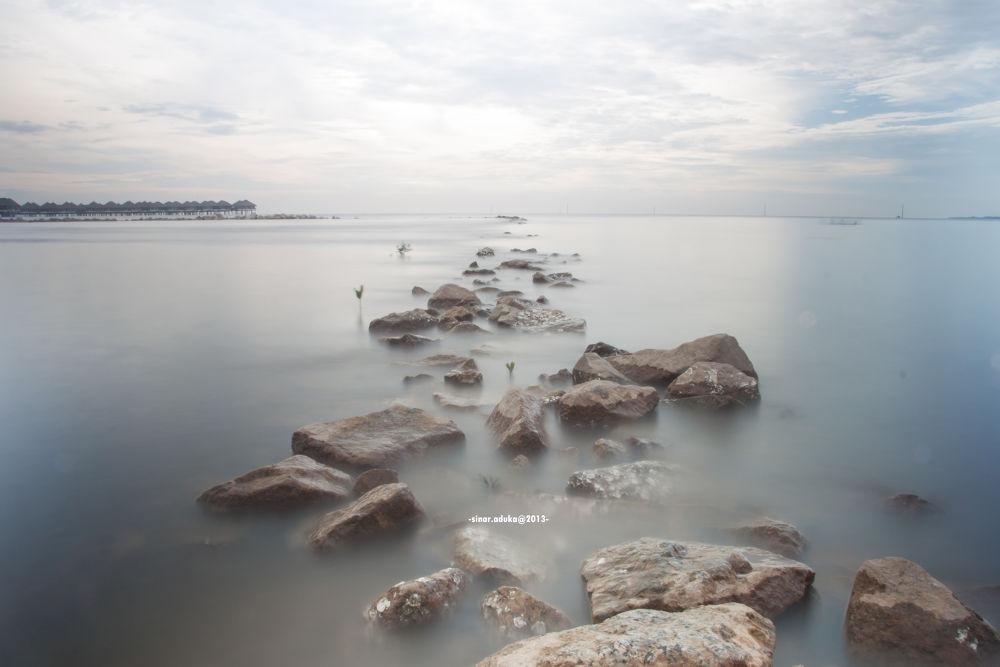 Bagan Lalang Beach by sinaraduka