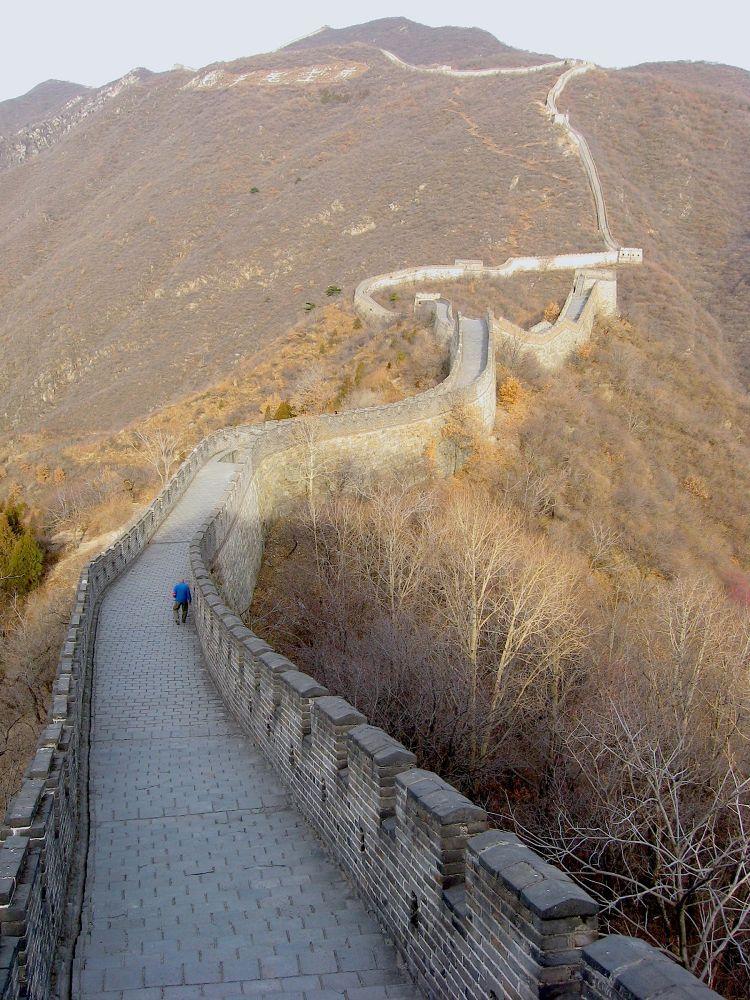 Great wall near Bejing 2010 by Loki17