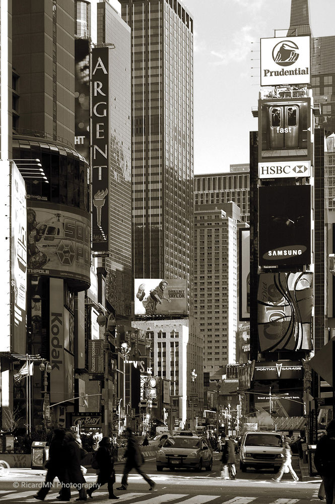 Times Square by RicardMN