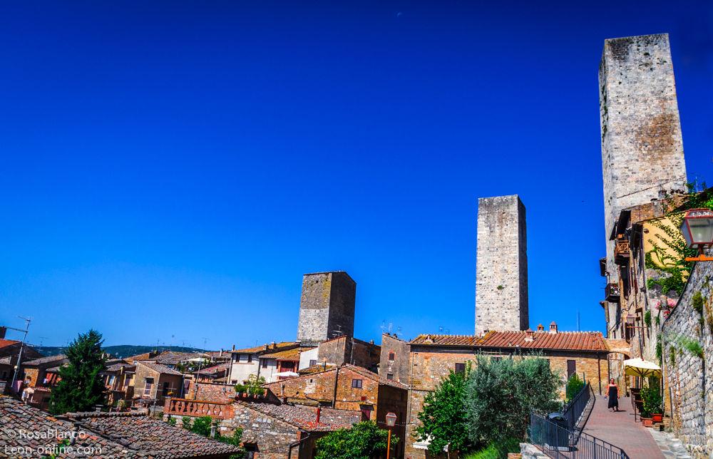 three towers by leononline