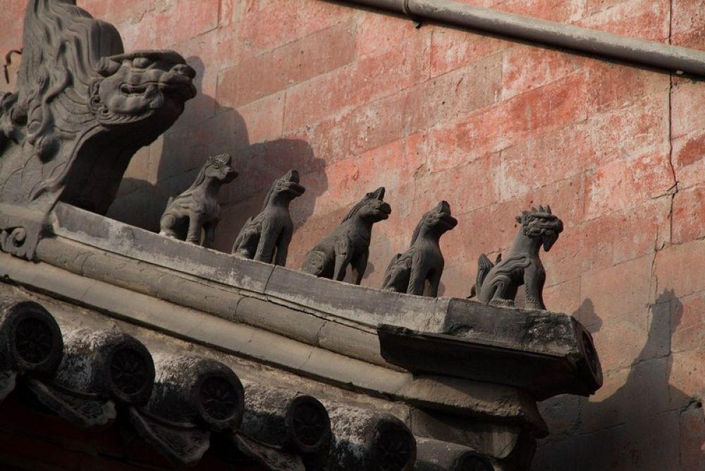Lama_Temple-161 by Arie Boevé