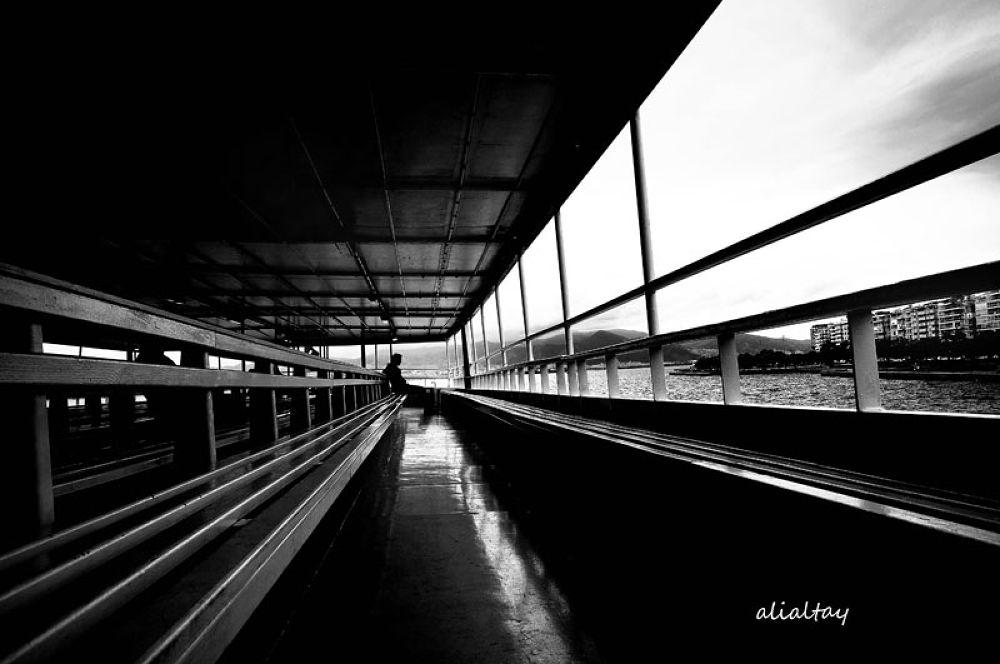 vapurdaki yalnızlık  by AliAltay