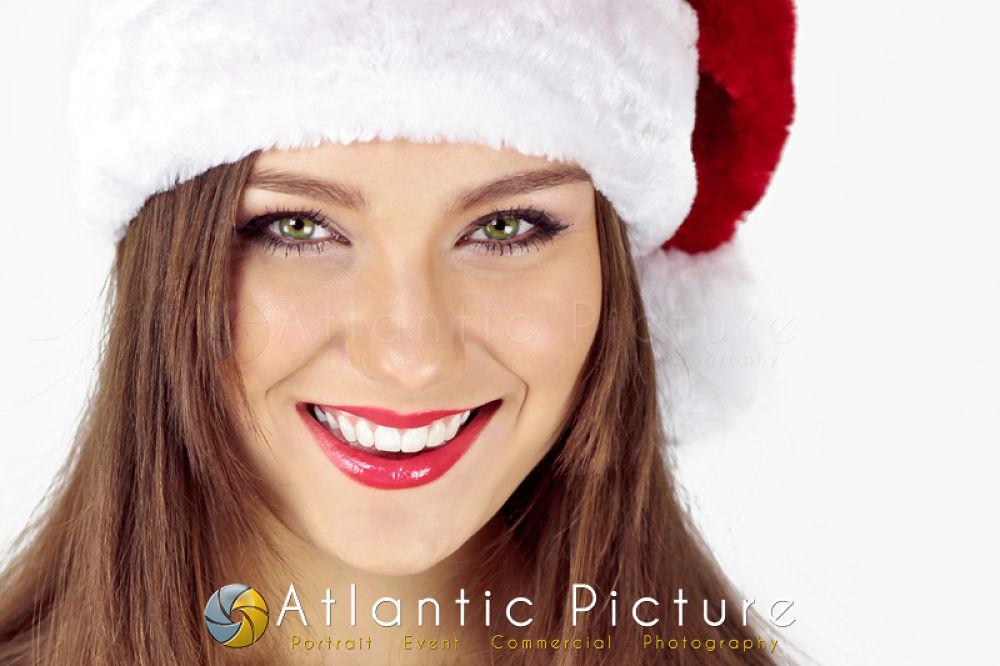 AliciaXmas by AtlanticPicture