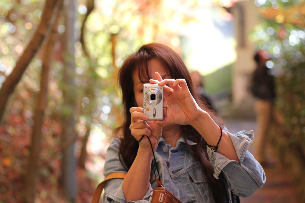 get a sharp focus to the compact digital camera by Hiroshi_Kume