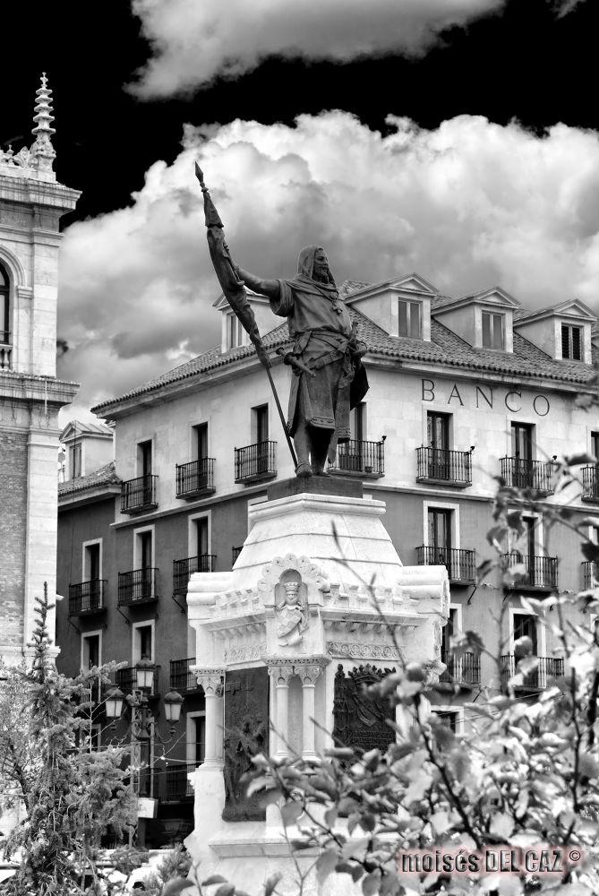 CONDE ANSUREZ by Moises Angel del Caz Hernando