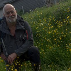 Henning N Gaare