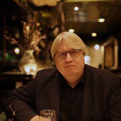 Bo G Svensson